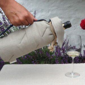 Bæredygtig vinkøler - sådan skænker man uden at tage flasken ud af køleren